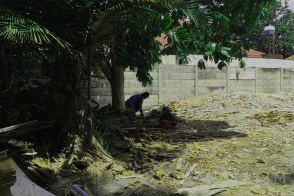 Foto-3 hacnurnya bangunan Radio Bung Tomo