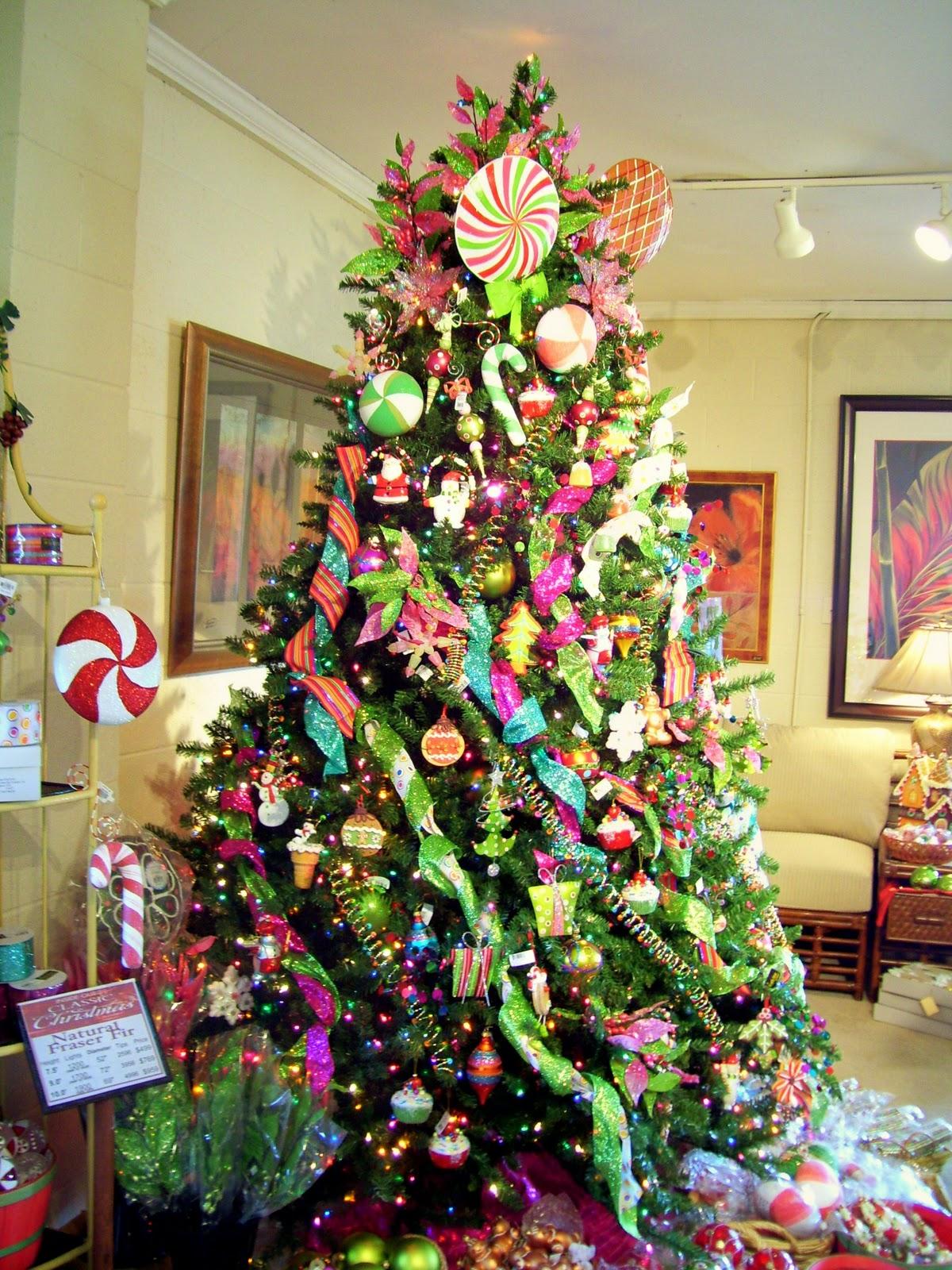 Pohon Natal Gosip Gambar