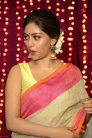 Anu Emmanuel sizzles in khaki saree at Zee Telugu Apsara Awards 2017 05.JPG