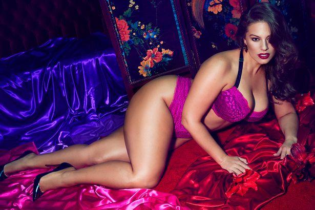 Ashley-Graham-models-new-lingerie-collection-for-Addition-Elle (1)