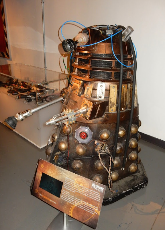 Defective Doctor Who Into the Dalek