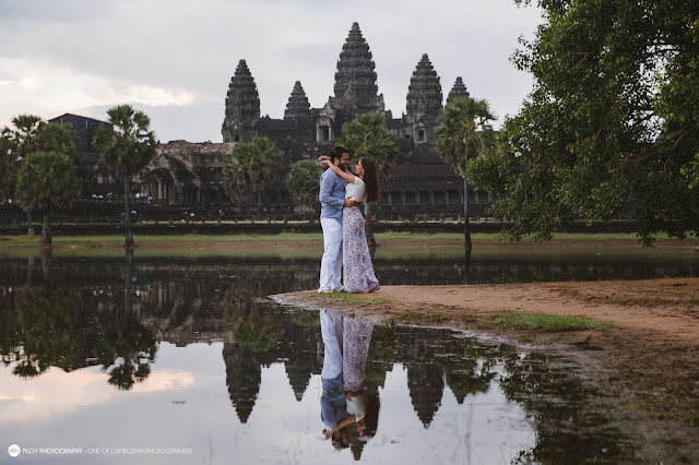 Angkor Honeymoon couple