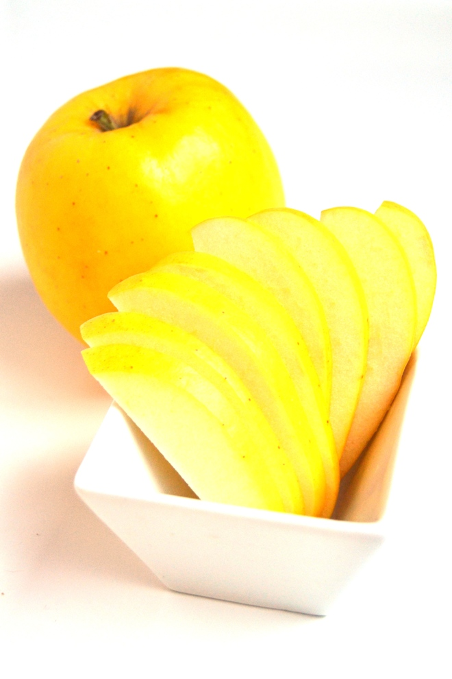 Sliced Opal apples