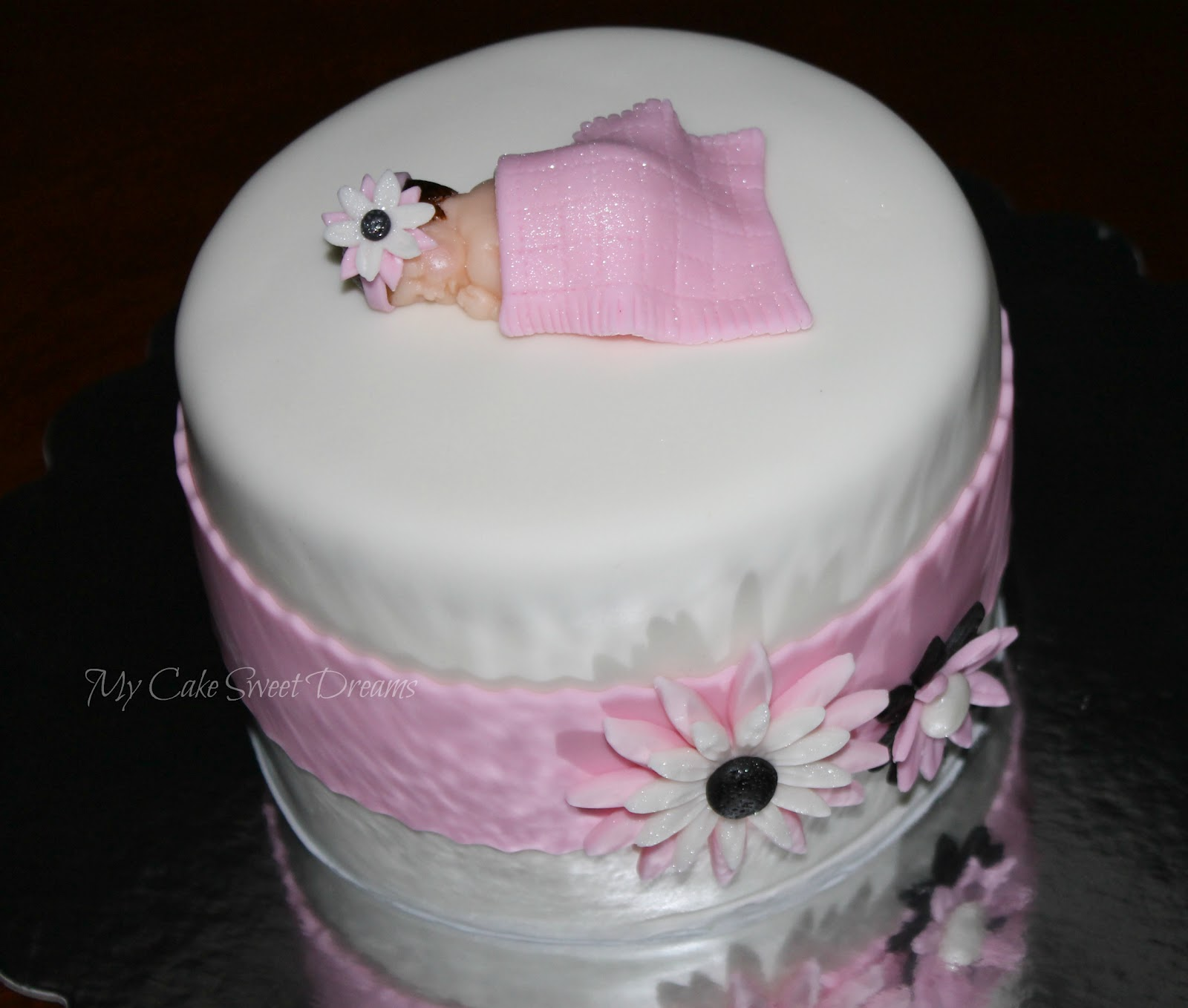 My cake sweet dreams baby girl shower cake and cupcakes for Baby shower cake decoration idea