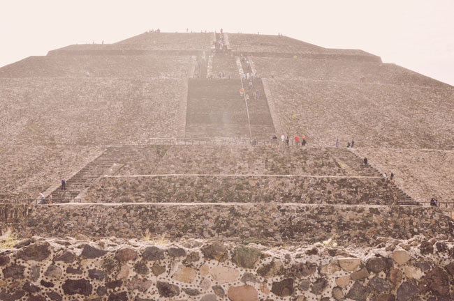Visiting Teotihuacan Mexico City Day Trip pyramid of the sun