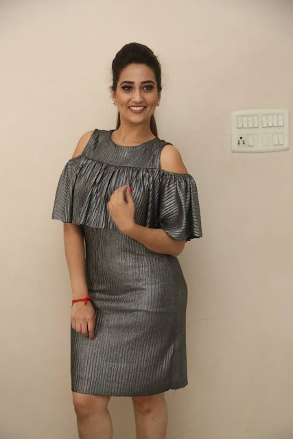 Manjusha Stills At Balakrishnudu Movie Pre Release Function