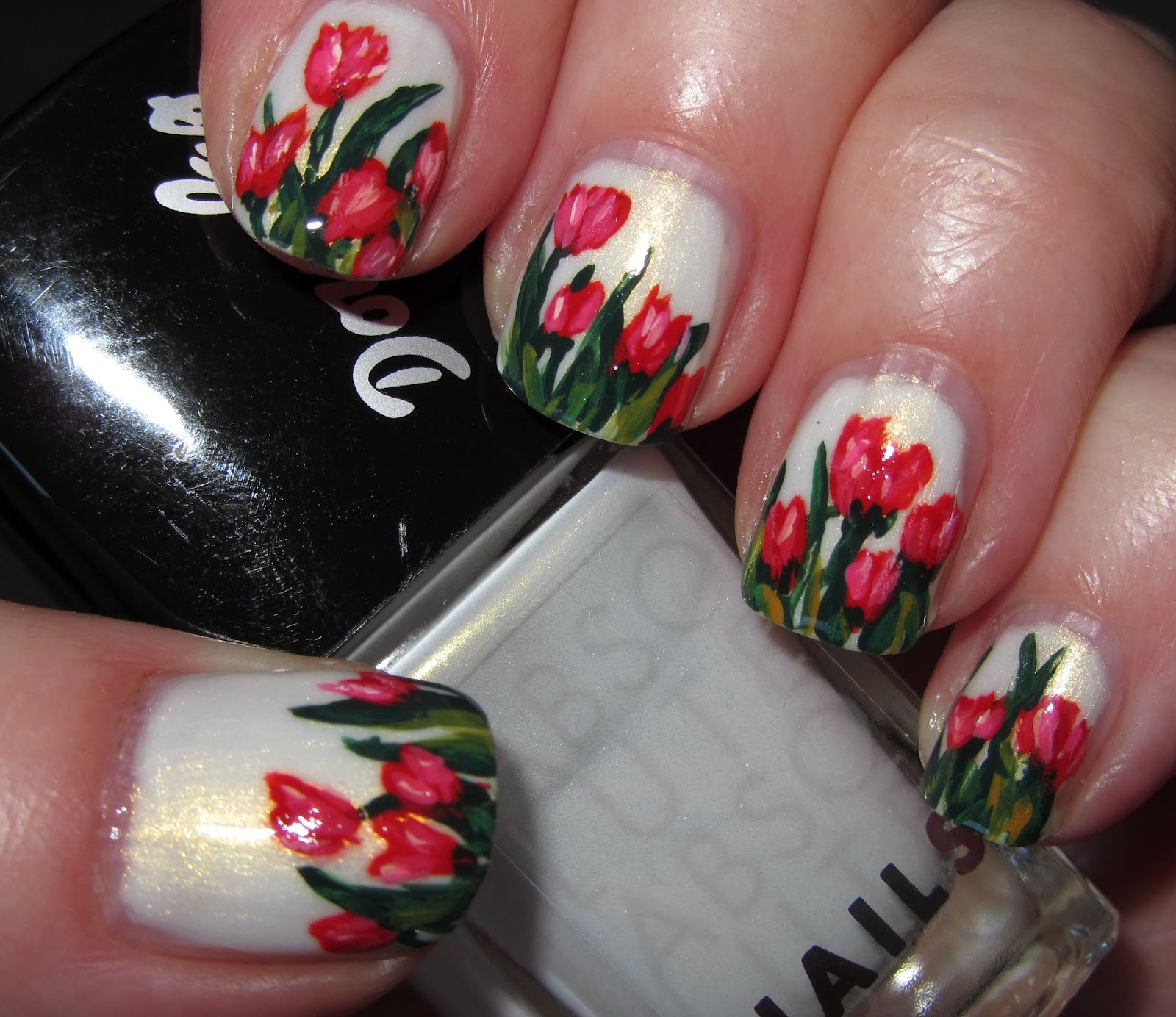 Marias Nail Art And Polish Blog: Tulips For Sara