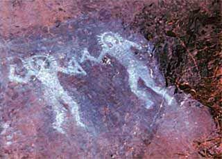 Astronautas antigos desenhados nas pedras