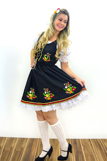 http://www.circulo.com.br/pt/receitas/moda-feminina-adulto/traje-oktober-feminino-adulto