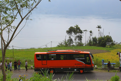 travelbuspariwisata5