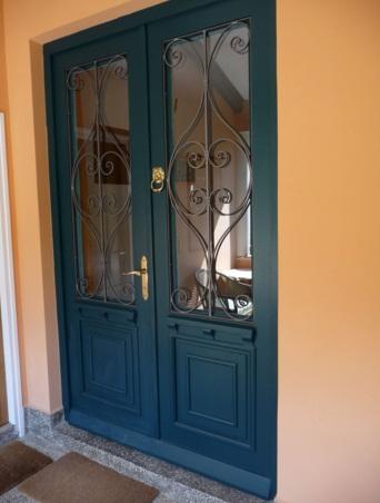 Model Desain Pintu Besi Rumah Minimalis Terbaru dan Terlengkap Model Desain Pintu Besi Rumah Minimalis Terbaru dan Terlengkap