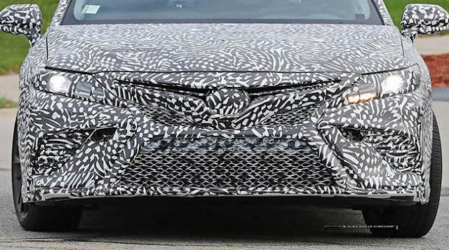 2019 Toyota Camry Spy Photos