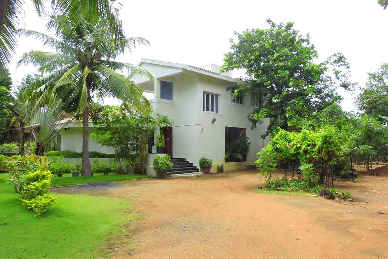 Lime Tree Beach Villa ECR