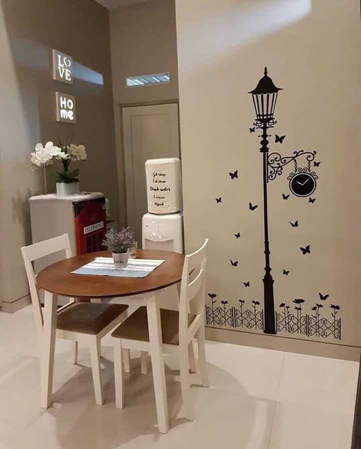 Ruang makan rumah minimalis keren banget
