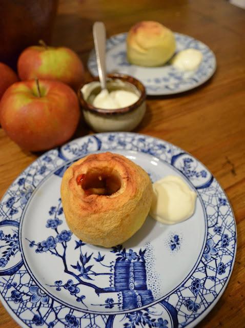 Pommes au four à la normande