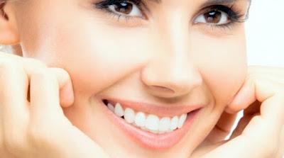 Cara Alami Membuat Gigi Putih dan Bersih