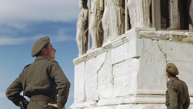 British soldiers at the Acropolis color photos of World War II worldwartwo.filminspector.com