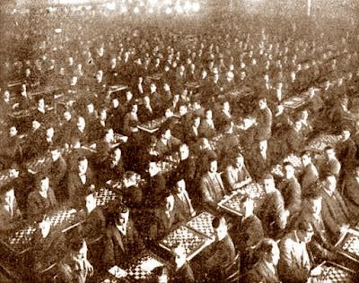 Multitudinaria concentración ajedrecística en el Iris Park en 1928