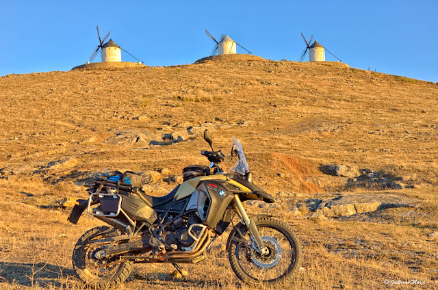 BMW F800GS Adventure. Trail Forever: Castillos y Olivos
