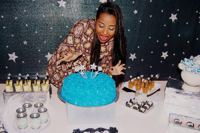 Dicas de fotos, Festa de 16 anos, tema estrela, bolo azul