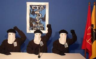 ETA tiene previsto hacer oficial su disolución el primer fin de semana de mayo en un acto en el País Vasco francés.