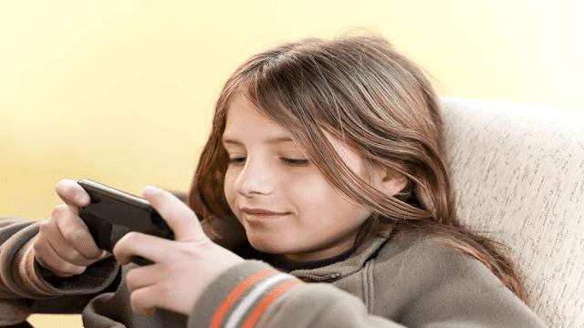 Dampak penggunaan smartphone yang berlebihan pada anak