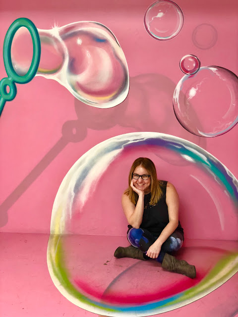 Los Angeles, Jamie Allison Sanders, The Beauty of Life, Los Angeles Anniversary, LA-iversary, Museum of Illusions, Hollywood, bubble wall, wall art