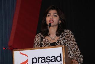 Vizhithiru Movie Press Meet Stills  0031.jpg