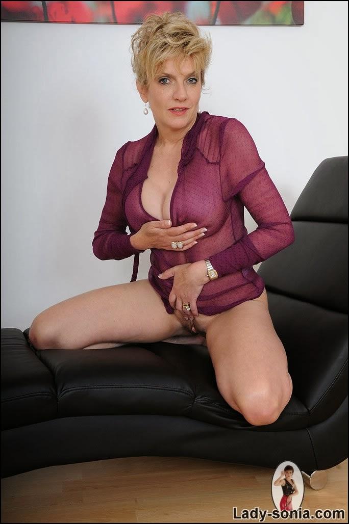 lady mature teacher jpg 1200x900