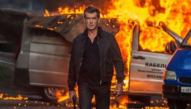 Simak biografi Pierce Brosnan dan daftar film yang pernah dibintanginya dalam artikel ini Biografi Pierce Brosnan, Pemeran James Bond Tahun 90-an
