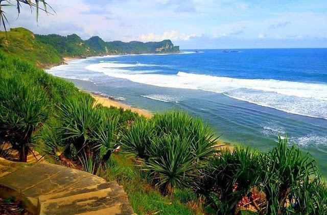 Pantai Puyangan Kabupaten Wonogiri