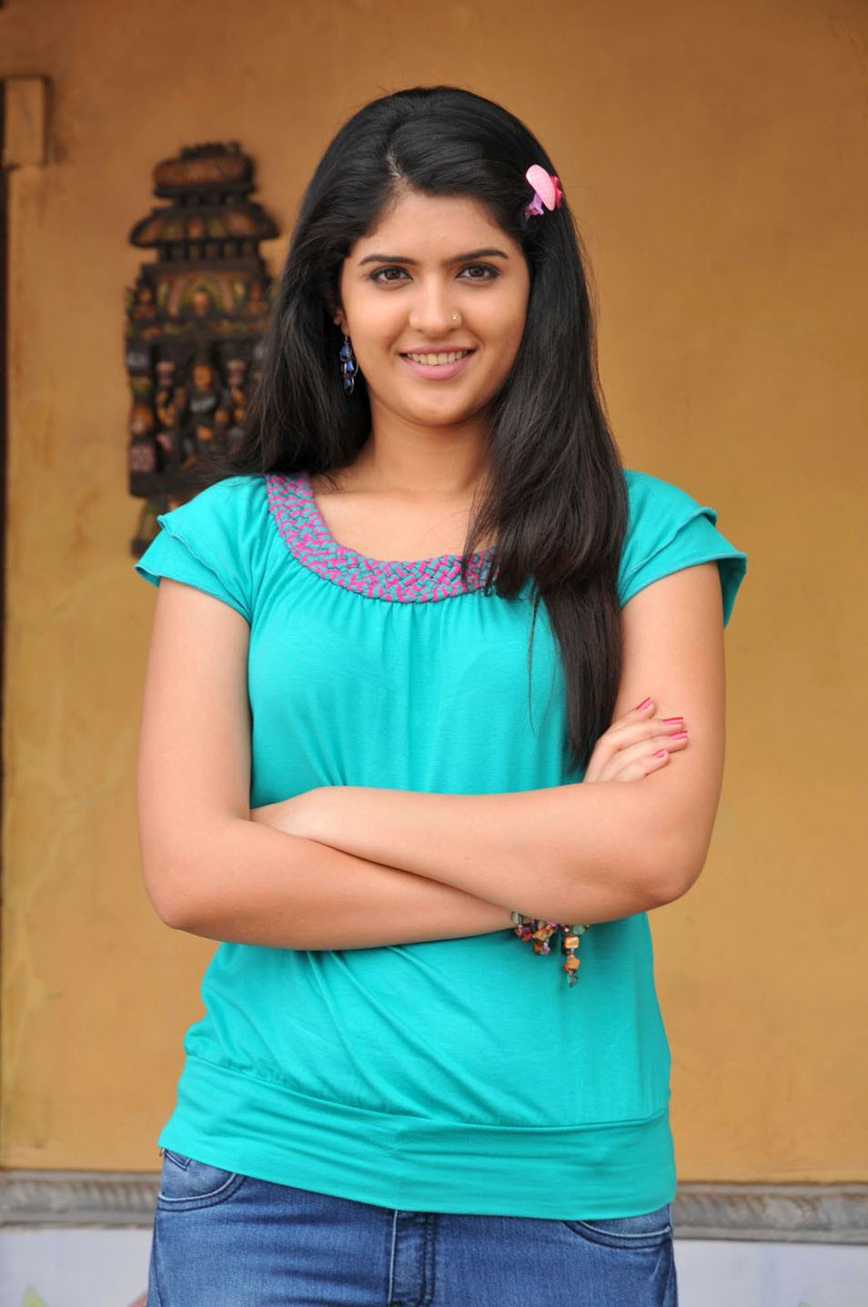 deeksha seth profile family, wiki age, affairs, biodata, height