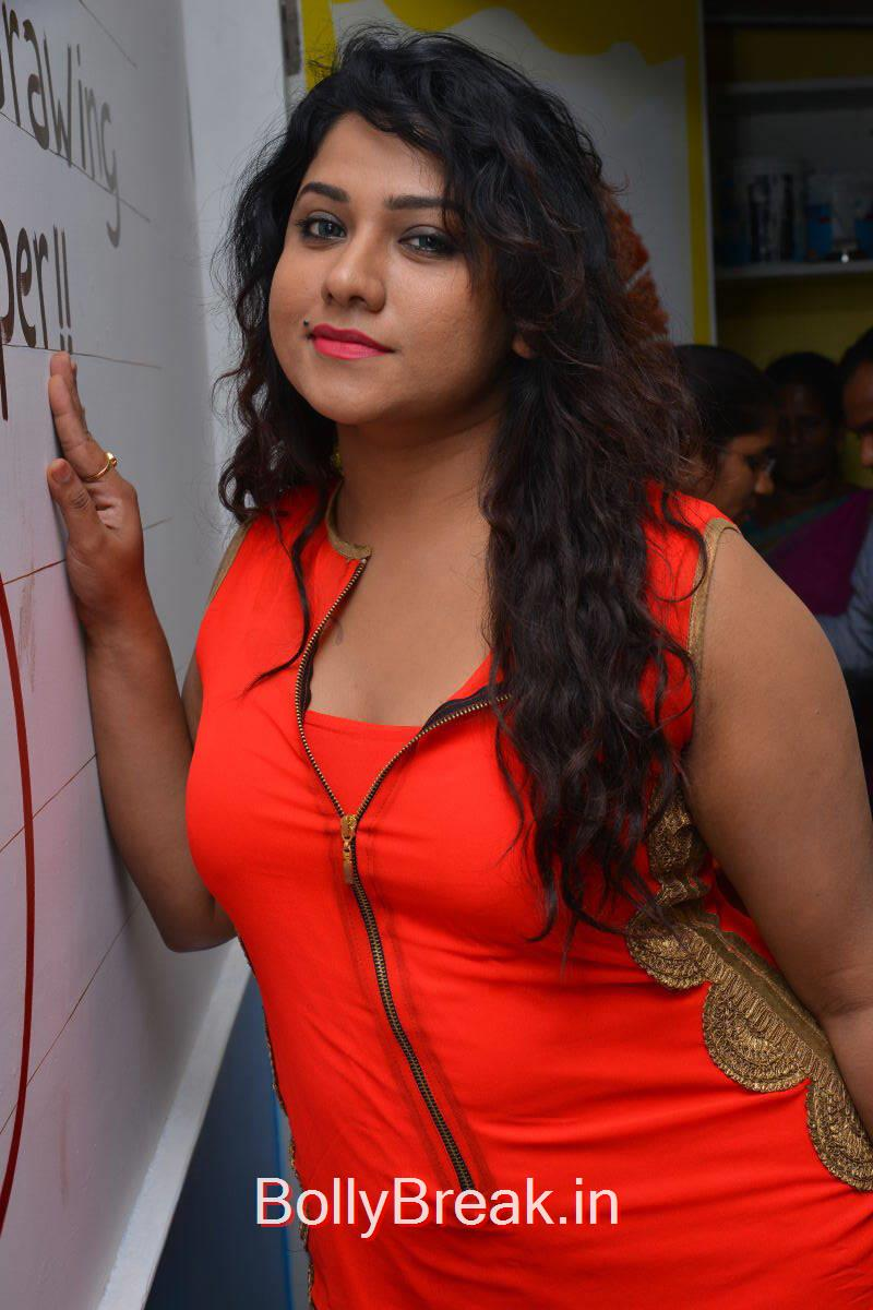 Jyothi Photo Gallery, Actress Jyothi Hot Pics from Makers of Milk Shakes Launch