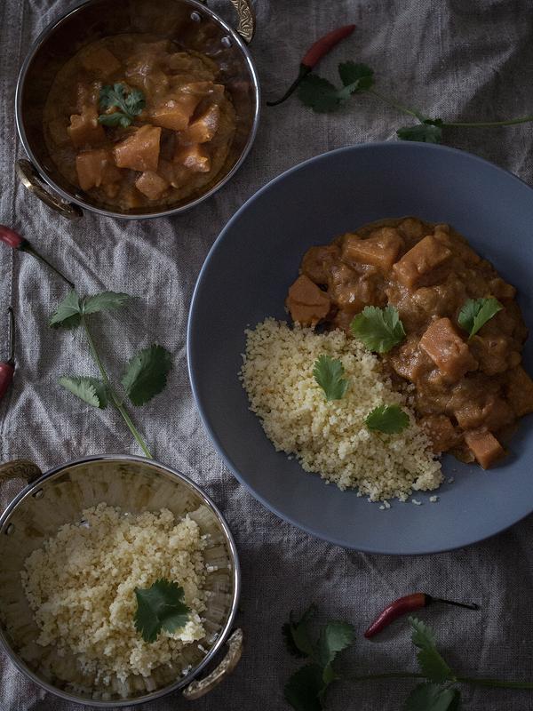 curry-de-boniato-con-leche-de-coco-y-amchur