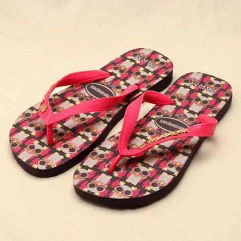 chinelo; chinelo havaianas; chinelo havaianas de coruja; chinelo rosa