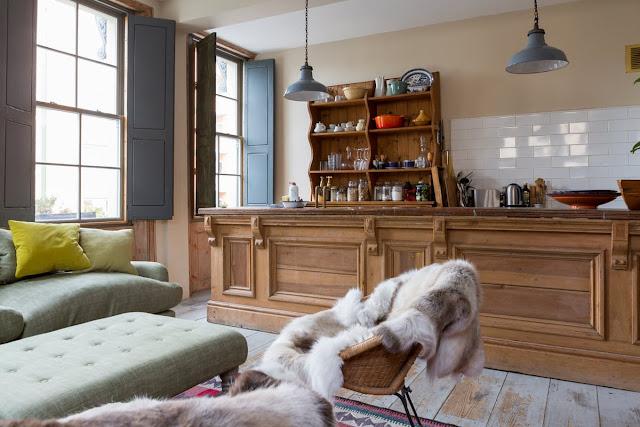 Pub din Londra transformat în locuință