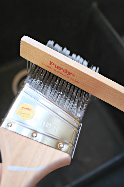 comb for cleaning out paint brushes