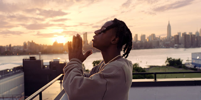 VÍDEO - Joey Bada$$ – Devastated
