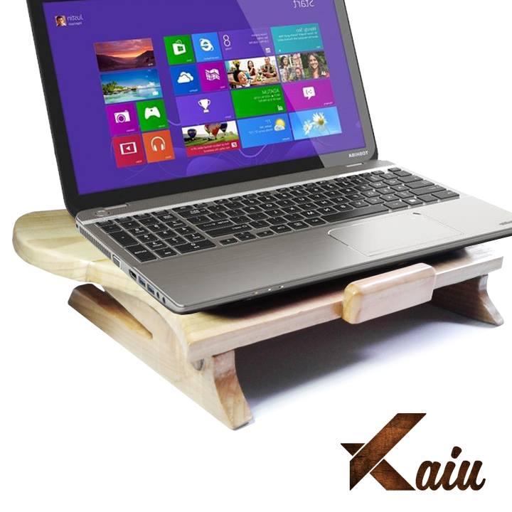Meja Laptop Stand dari Pallet Kayu Kaiu Indonesia