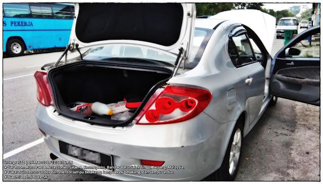 gambar belakang kereta Proton Persona ELegance
