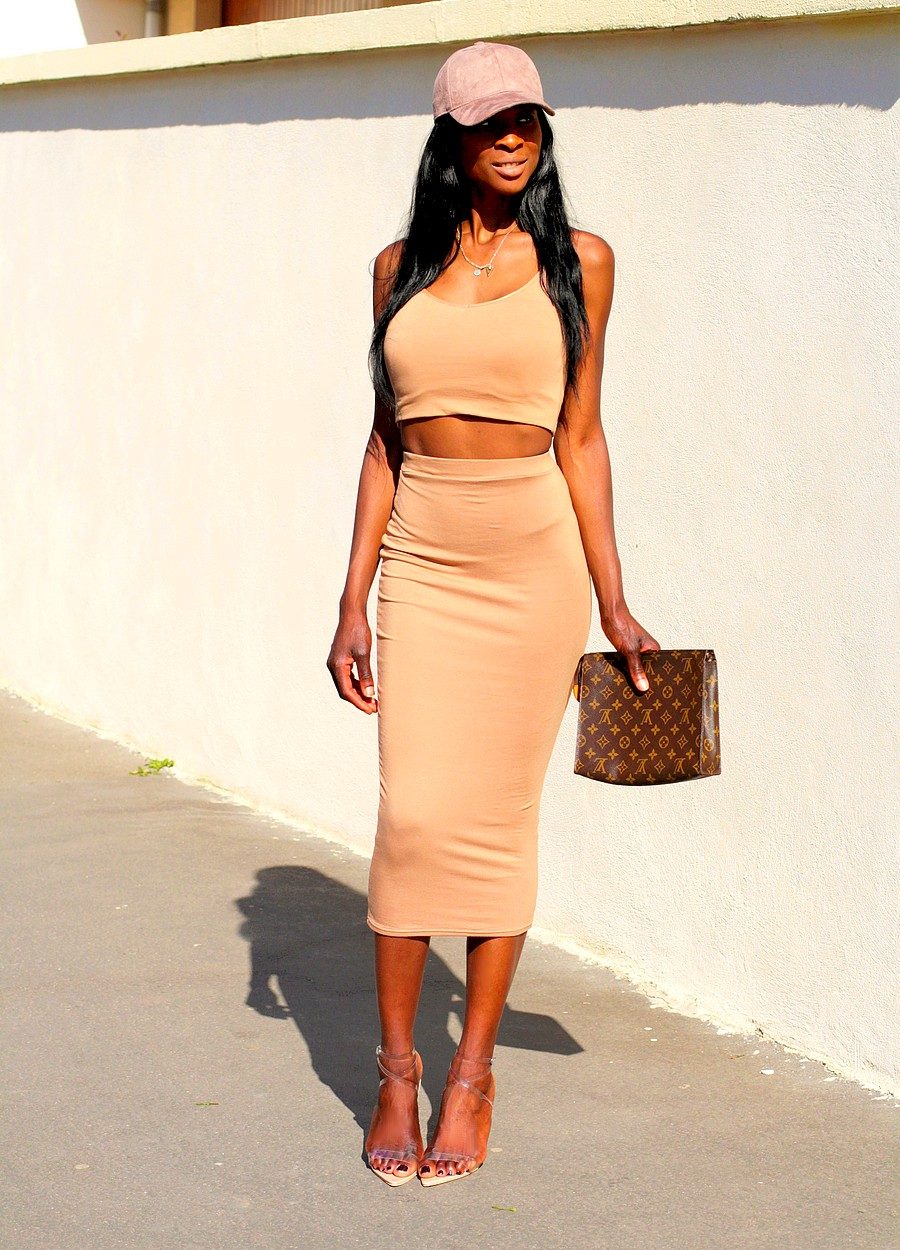 idee-look-fashionista-8-shape-kim-kardashian