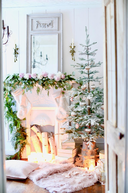 French Country Friday- A French country tree and tinsel