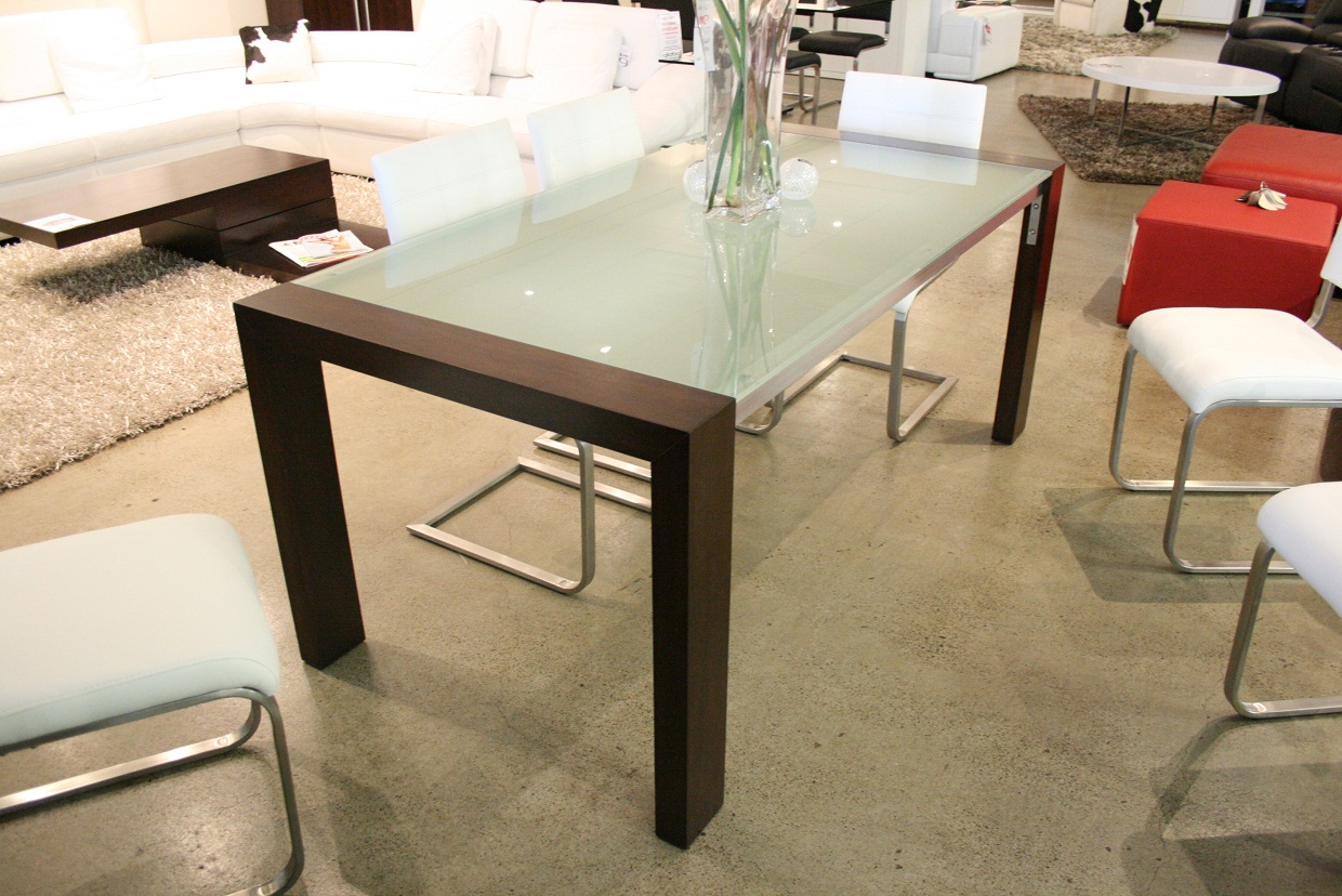 The brilliant glass top oak dining table for existing home - Glass topped dining table ...
