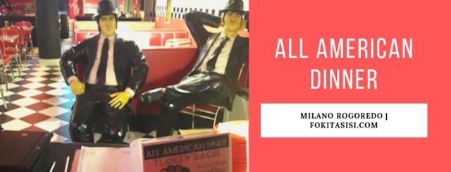 (Imagen) Al entrar al restaurante All American Dinner serás recibido por dos hombrecitos en una actitud de boss mafioso
