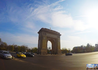 Roumanie Bucarest Arc de Triomphe