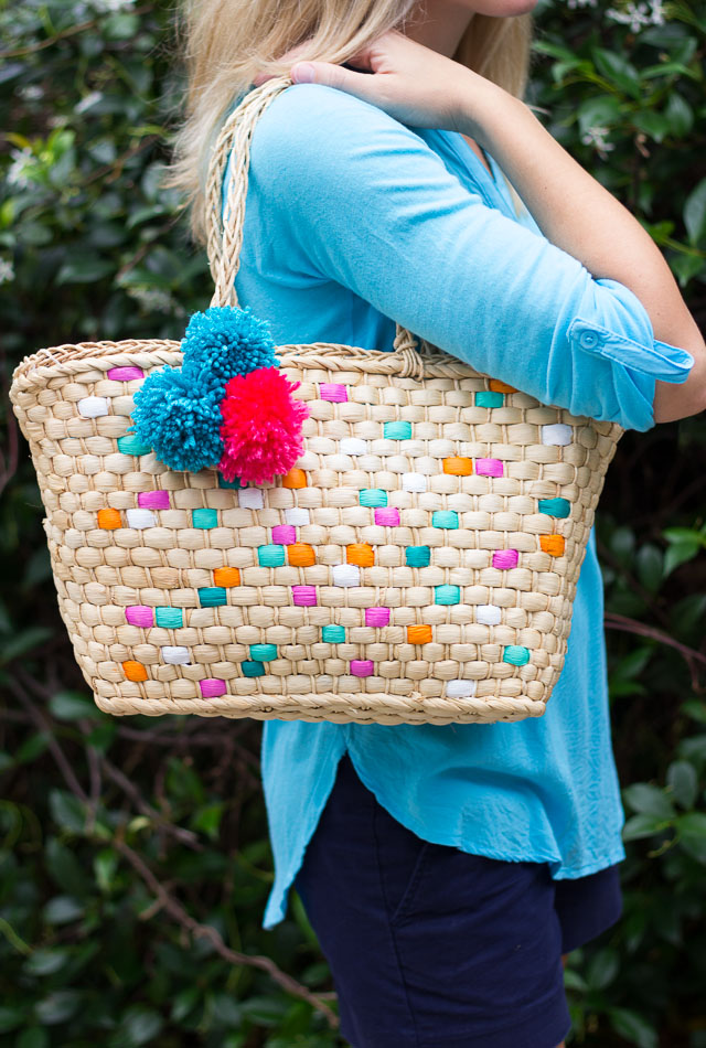 Thrifty DIY: Painted Straw Tote Bag | Design Improvised
