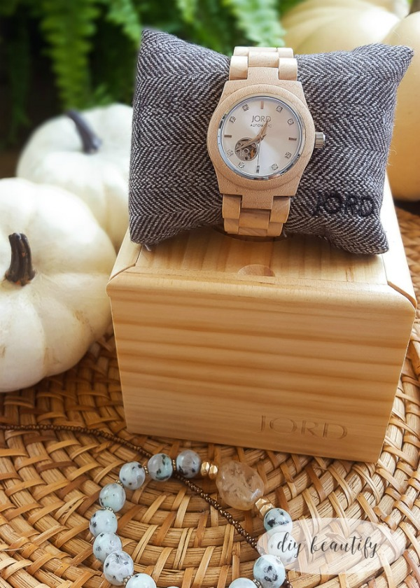 JORD unique watch http://www.woodwatches.com/#diybeautify