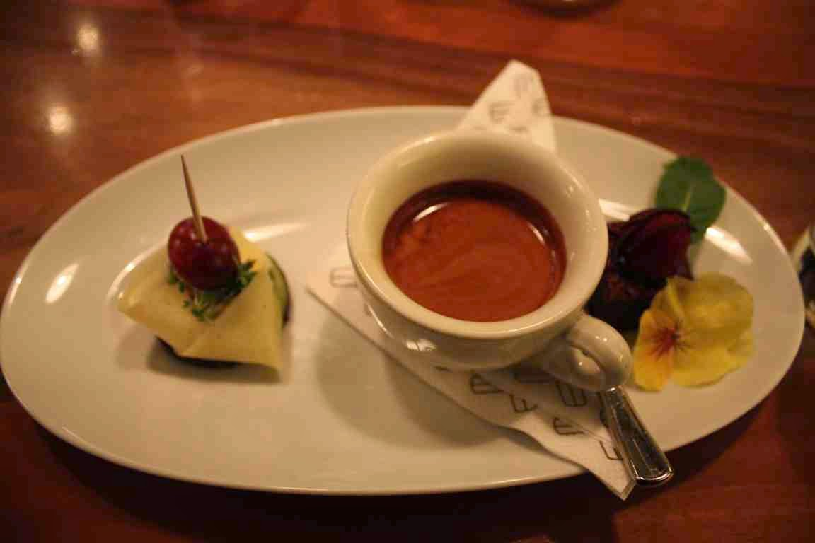 Im 220 Grad Cafe in Salzburg kann man den Kaffee kosten