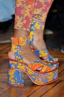 Hint İşi Kumaş Kaplı Ayakkabı