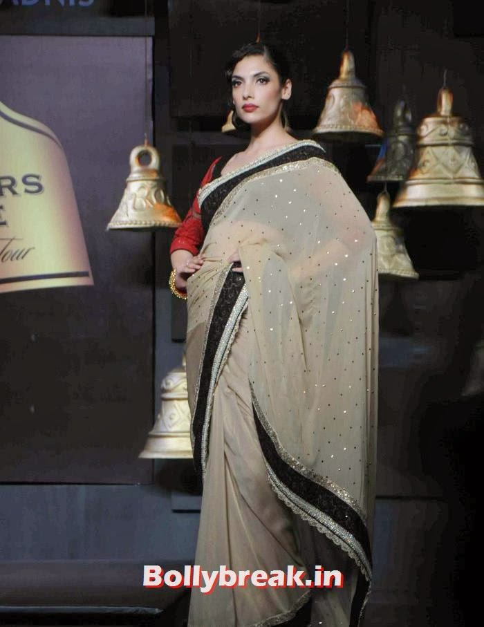 Indrani DasGupta, Models Walk the Ramp for Vikram Phadnis at BPFT 2013